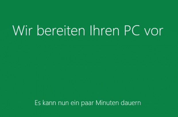 windows_8_computer_wird_vorbereitet